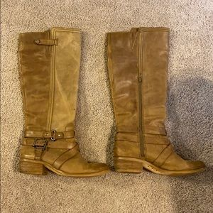 Gianni Bini knee boots